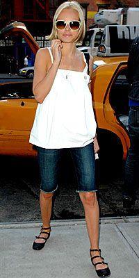 Kate Bosworth  Hem çok rahat hem de bu model kalçaları çok biçimli gösteriyor.